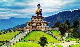 Gangtok - Yuksom - Darjeeling